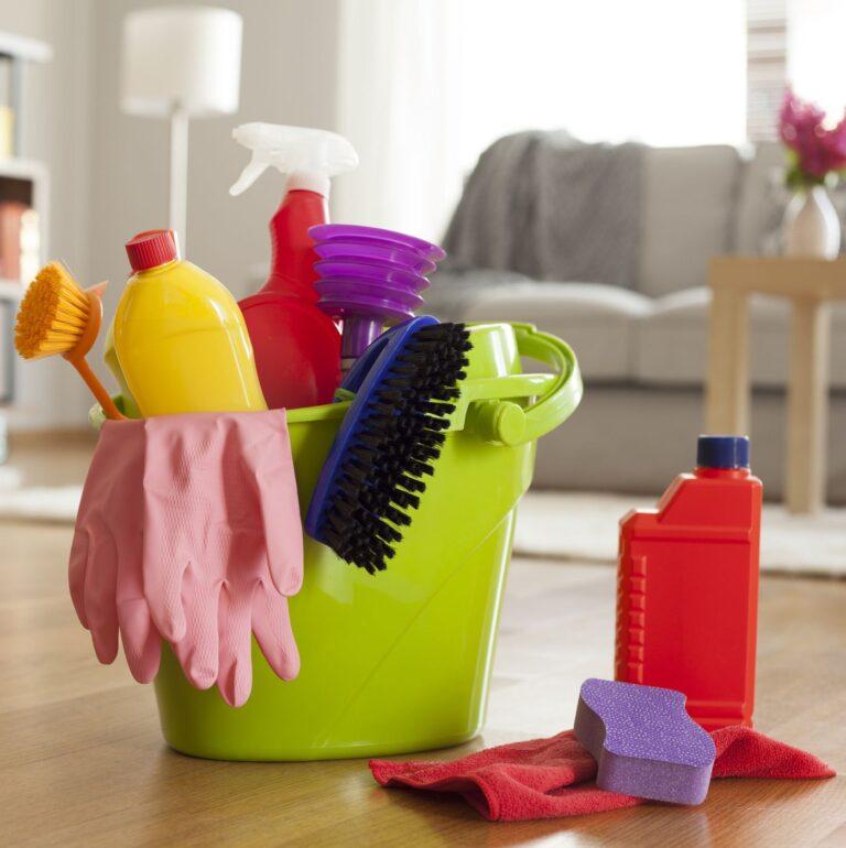 Hogy takarítsuk ki otthonunkat gyorsan és hatékonyan?